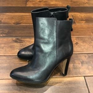 Women's size 9.5 coach heeled ankle booties